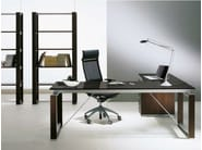 L-shaped crystal executive desk ELECTA | L-shaped office desk - IFT