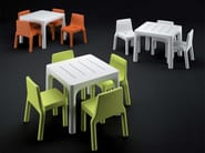 Square polyethylene garden table SIMPLE TABLE - PLUST Collection by euro3plast