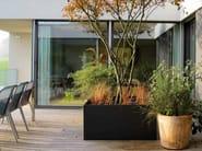Low cement Flower pot CUSTOMLINE | Planter - SWISSPEARL Italia