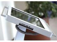 Digital advertising totem PEGASUS - Metalco