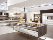 Lacquered kitchen with island HIGHLIGHT 747 - Nobilia-Werke