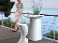 High polyethylene garden side table MOMA AIRE HIGH - VONDOM