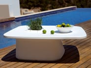 Low polyethylene garden side table MOMA AIRE LOW - VONDOM