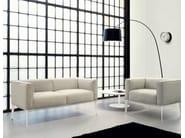 Upholstered armchair SEAN | Armchair - Arper