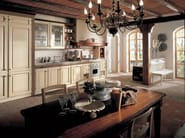 Lacquered cherry wood kitchen IL CANTO DEL FUOCO | Linear kitchen - Martini Mobili