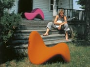 Fabric armchair TONGUE - Artifort