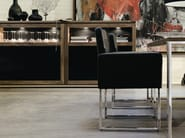 Sled base upholstered leather chair with armrests D13-21 | Upholstered chair - Hülsta-Werke Hüls