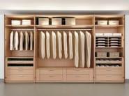Beech walk-in wardrobe MULTI-FORMA II | Beech walk-in wardrobe - Hülsta-Werke Hüls