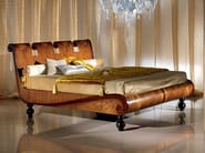 Walnut king size bed REGALE   Bed - Carpanelli Classic