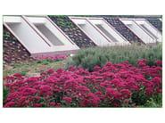 copertura a verde estensivo  in pendenza eseguita con stratografia tradizionale