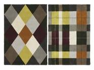Handmade rug with geometric shapes ARGYLE & TARTAN - Kasthall