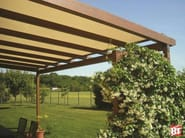 Wall-mounted aluminium pergola R110 SOLARIUM - BT Group