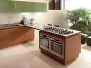Fitted kitchen without handles FILOTABULA - Euromobil