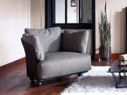 Upholstered armchair FLATTER | Armchair - Nube Italia