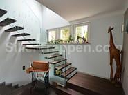 Wooden cantilevered staircase SCHEIN - Siller Treppen