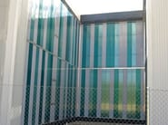 Vertical curtain wall in polycarbonate arcoPlus® 347-547