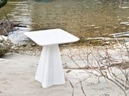 Low modular plastic coffee table
