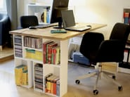 MDF office desk with shelves Office desk with shelves - Cubit by Mymito