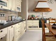 Decapé wooden kitchen with handles LAURA | Decapé kitchen - Cucine Lube