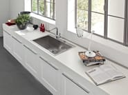 Lacquered kitchen with island GALLERY | Kitchen with island - Cucine Lube