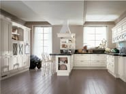 Lacquered solid wood kitchen