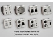 4-Module concealed electrical outlet HIDE4 - 4 BOX