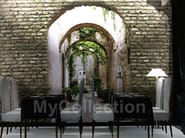 Adhesive nonwoven wallpaper GARDEN DOOR - MyCollection.it