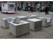 Concrete garden armchair with armrests CONCRETE THINGS - Nola Industrier