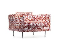Armchair with armrests BOUTIQUE EYES OF STRANGERS | Armchair - Moooi©