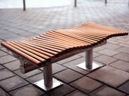 Sectional backless steel and wood Bench DYNING | Backless Bench - Nola Industrier