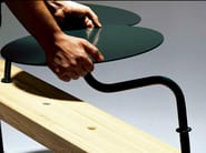 Backless steel and wood Bench KROKODIL - Nola Industrier