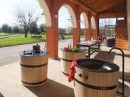 Modular wooden kitchen with glass ceramic hobs TINOZZA | Glass ceramic hob - Minacciolo