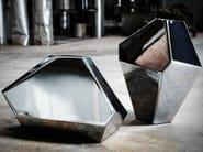Steel vase VASES REFLECTIONS - bloomming