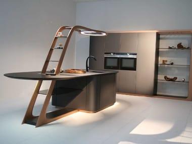 Cucina laccata con isola ARIA