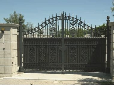 Cast iron gate Gate