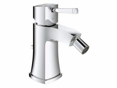 Miscelatore per bidet da piano monocomando con bocca orientabile GRANDERA™ | Miscelatore per bidet