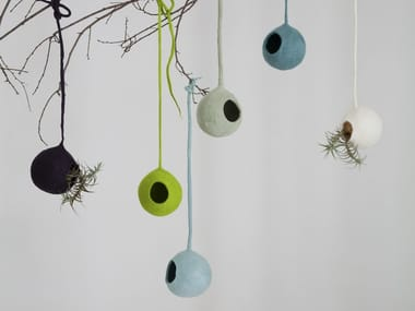 Wool felt hanging decoration NESTS
