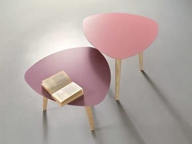 Tavolino da caffè laccato in metallo per contract NORD PETALO