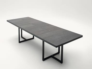 Tavolo da giardino con top in lava naturale PORTOFINO | Tavolo da giardino