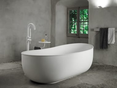 Bañera independiente óvala de Solid Surface® PRIME SUITE | Bañera