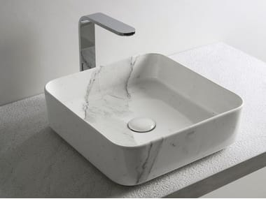 Countertop square ceramic washbasin SHUI COMFORT | Square washbasin