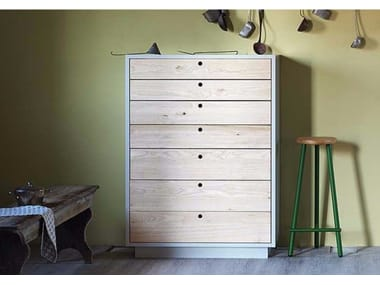 Free standing wooden chest of drawers TOLA | Free standing chest of drawers
