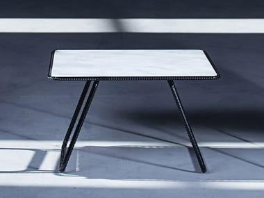 Tavolino basso quadrato in Corian® THEA | Tavolino