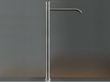 Deck mounted mixer for countertop basin INV 07
