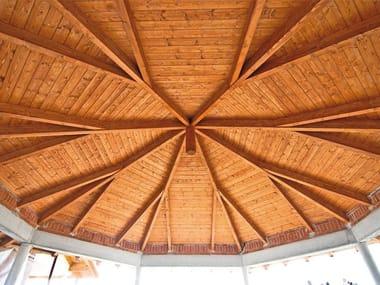 Taillée structures en bois et partiellement pré-assemblé Structures en bois