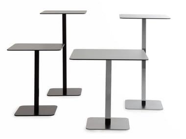 VOILÀ | Square table