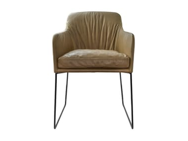 Stuhl gepolstert auf Kufengestell mit Armlehnen YOUMA CASUAL