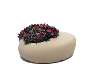 Polyethylene Flower pot / outdoor chair BD LOVE PLANTER