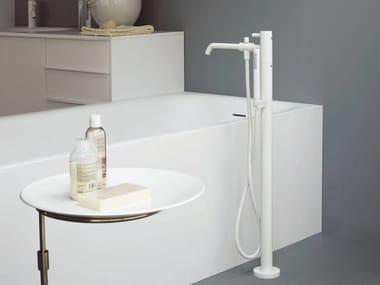 Mitigeur de baignoire à fixation au sol avec douchette PAN   Mitigeur de baignoire à fixation au sol