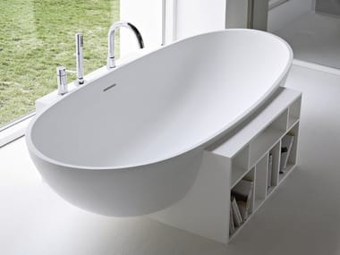 Freestanding oval Korakril™ bathtub EGG
